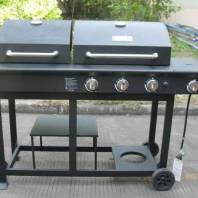 Barbeque- 3 burner + 1 side burner + charcoal